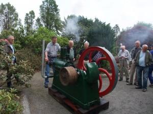 Guttorm Storheim har fått fres på ein av dei større motorane i samlinga si.